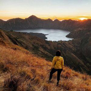Sangat Indah, Ini 5 Danau Di Atas Gunung Yang Ada Di Indonesia