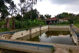 Peninggalan Belanda, 3 Kolam Renang Di Indonesia Ini Terkenal Angker Lho.
